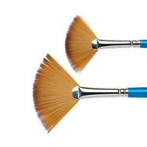 Wide fan brush