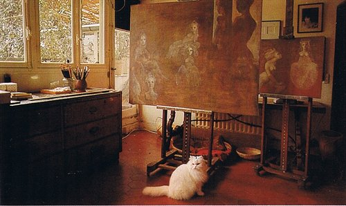 A white cat in Leonor Fini's art studio