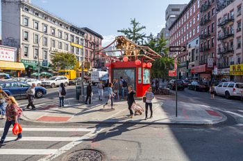 The Canal Street triangle in New York's Chinatown