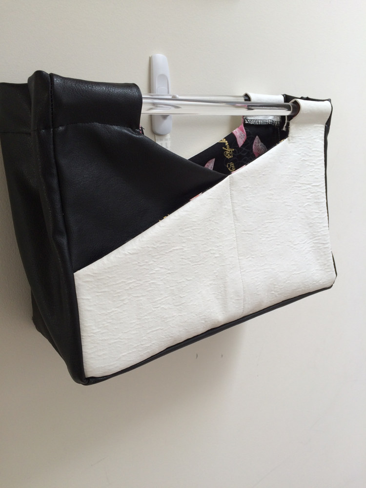 Cross Over Bag by Vicki Allesia