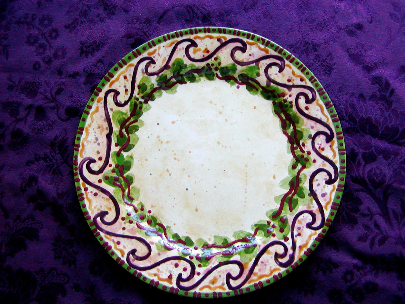 Painting Italianate Eclectic Glazeworks: Dinner Plate Design 5 by Victoria Avila