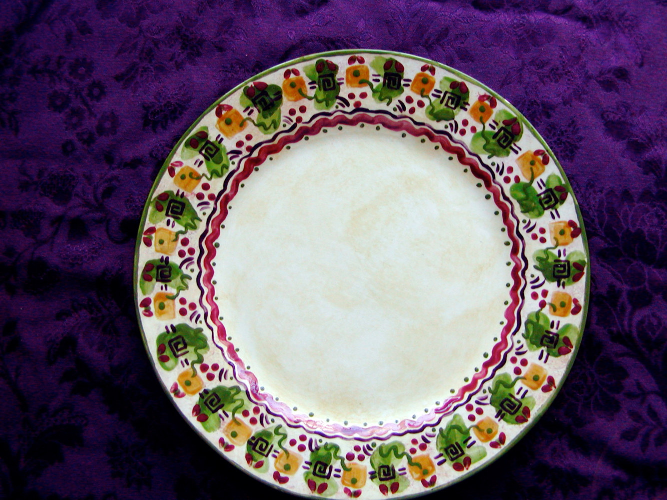 Painting Italianate Eclectic Glazeworks: Dinner Plate Design 4 by Victoria Avila