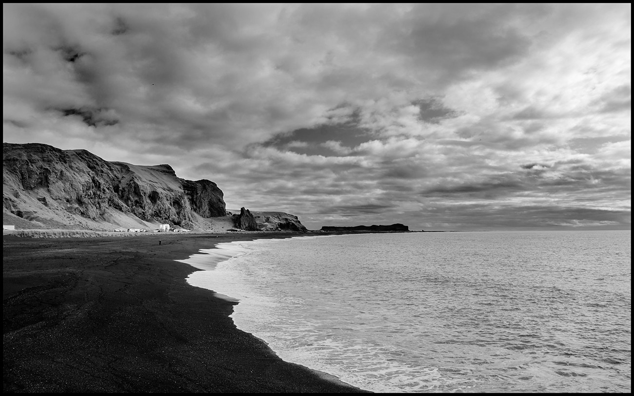 AAA_9270 B&W Vik Beach copy by Jim Friesen