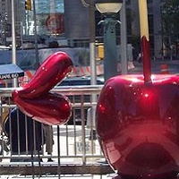 Painting The Really Big Candy Apple with Lips by El Celso