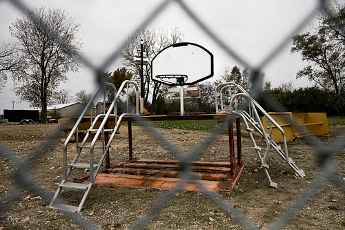 A photo of a disused basketball hoop