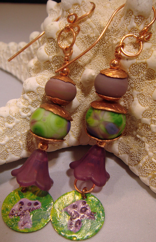 A photo of a handmade pair of earrings