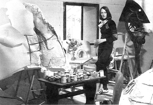 A photo of Niki De Saint Phalle in her studio