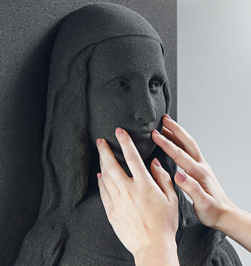 A 3-D printed version of the Mona Lisa