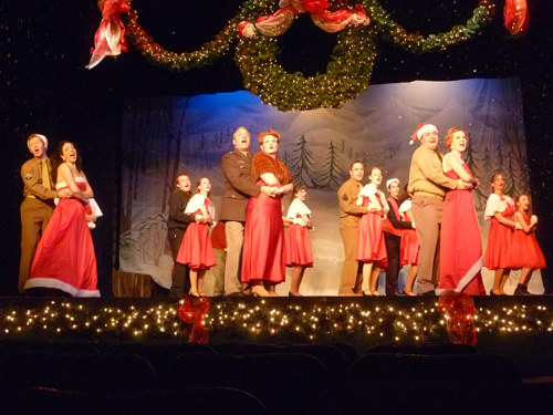 A photo of a live theatre presentation of White Christmas