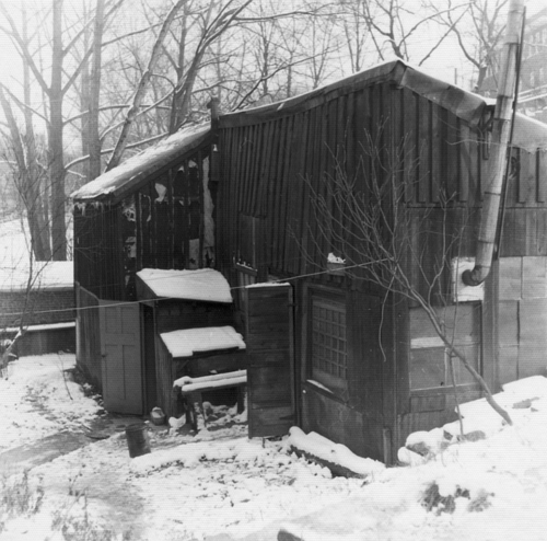 A photo of th exterior of Tom Thomson's studio shack