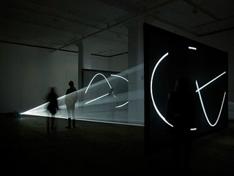 An installation by Anthony McCall at Sean Kelly Gallery