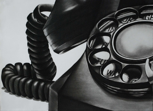 A drawing of an old-fashioned telephone