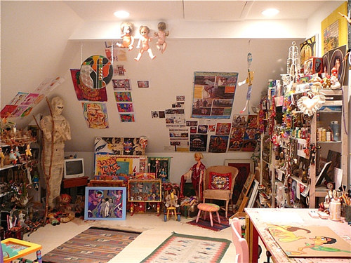 A photograph of the interior of Jennifer Beinhacker's art studio