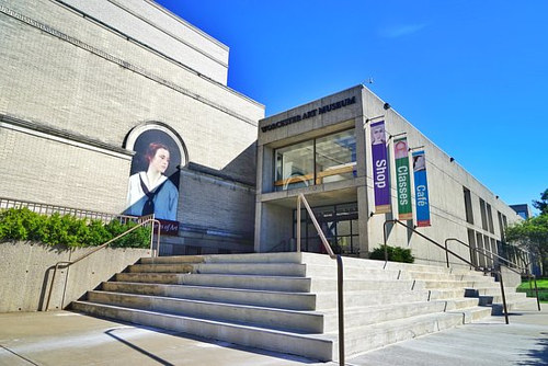 A photo of the exterior of the Worcester Art Museum