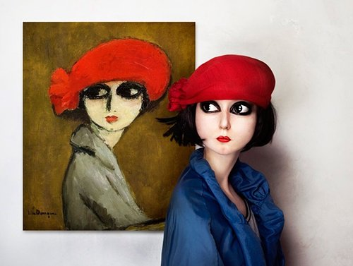 Painting of woman with red hat next to a woman with a red hat