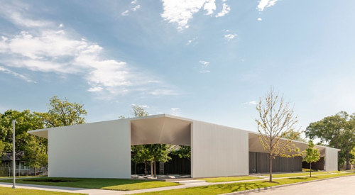 A photo of the exterior of the Menil Drawing Institute in Houston