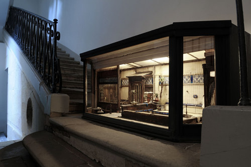 A small diorama placed on a staircase