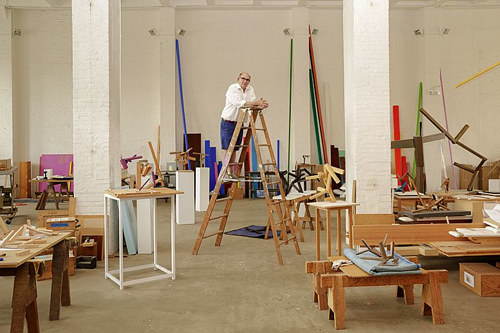 A photo of sculptor Joel Shapiro in his studio