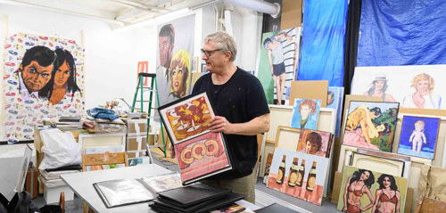 A photo of Walter Robinson at work in his studio
