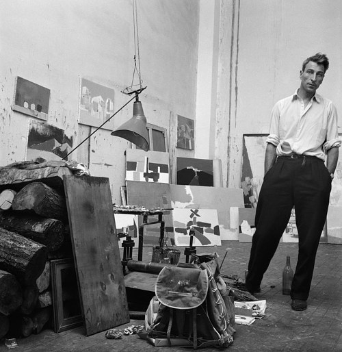 A photo of Nicolas de Stael in his art studio