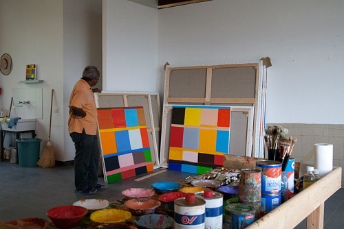 A photo of artist Stanley Whitney in his studio