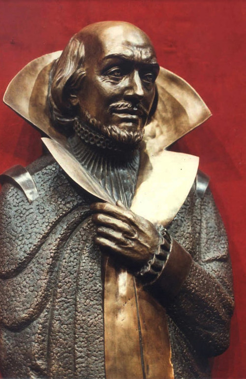 A bronze statue of shakespeare