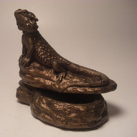 Sculpture Bearded Dragon jewelry box (bronze finish) by Jason  Shanaman