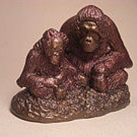 Sculpture Orangutan mother and baby Princess and Pan Mini sculpture by Jason  Shanaman