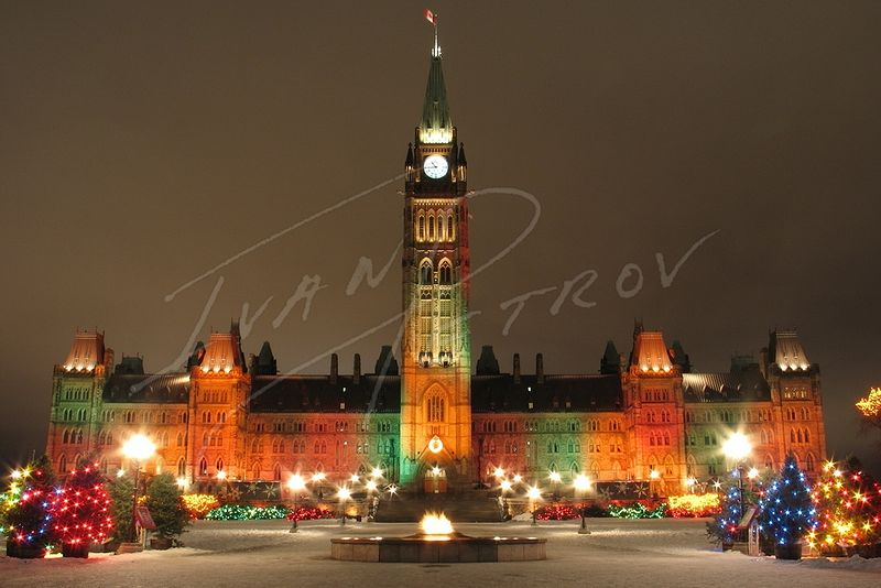 #YOW20 - Christmas Lights on Parliament Hill by Ivan Petrov