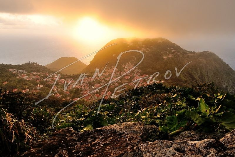 #SAB30 - Sunrise over Windwardside by Ivan Petrov