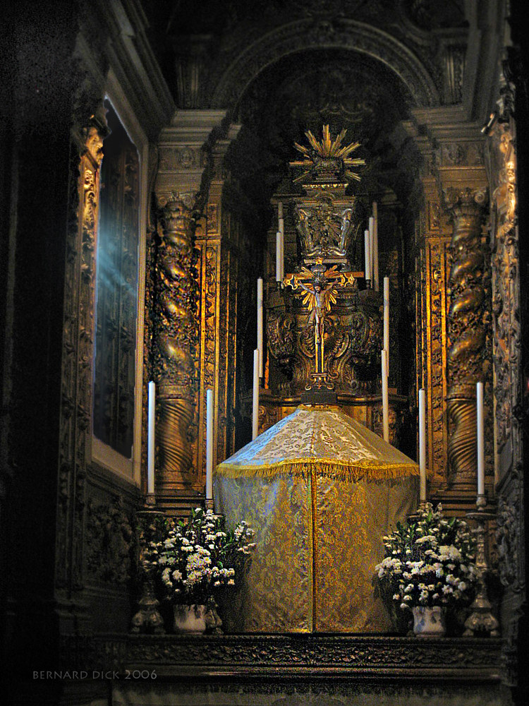 Tabernacle, Portugal by Bernard Dick