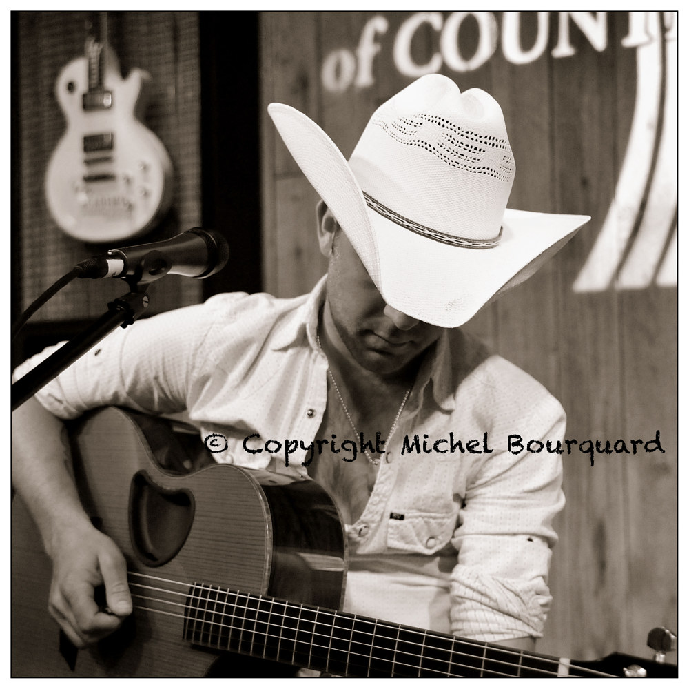 036_Justin Moore  by Michel Bourquard