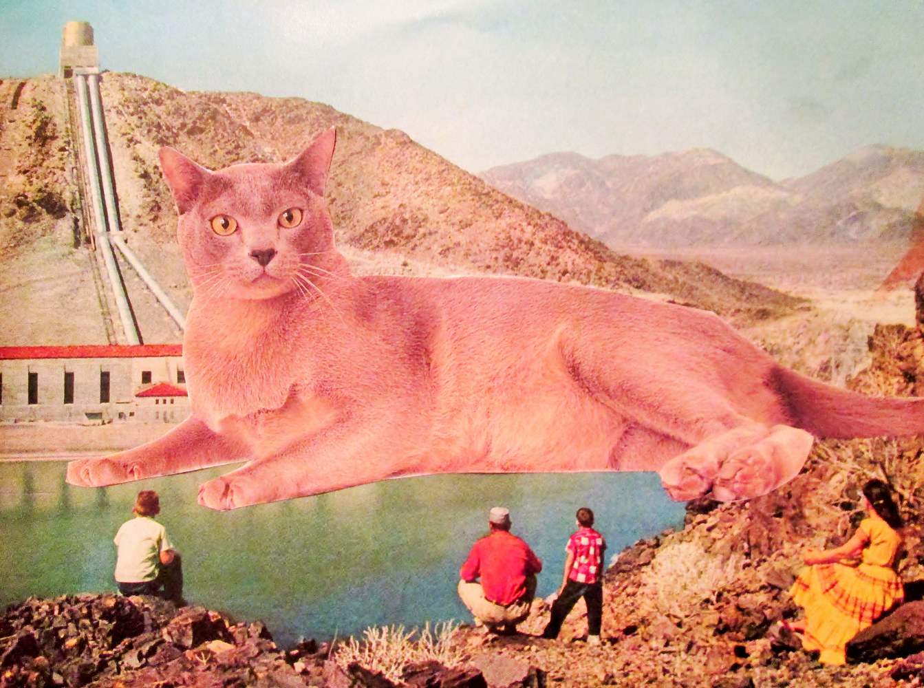 The Giant Cat  by Jo Ann Tunnell Muench