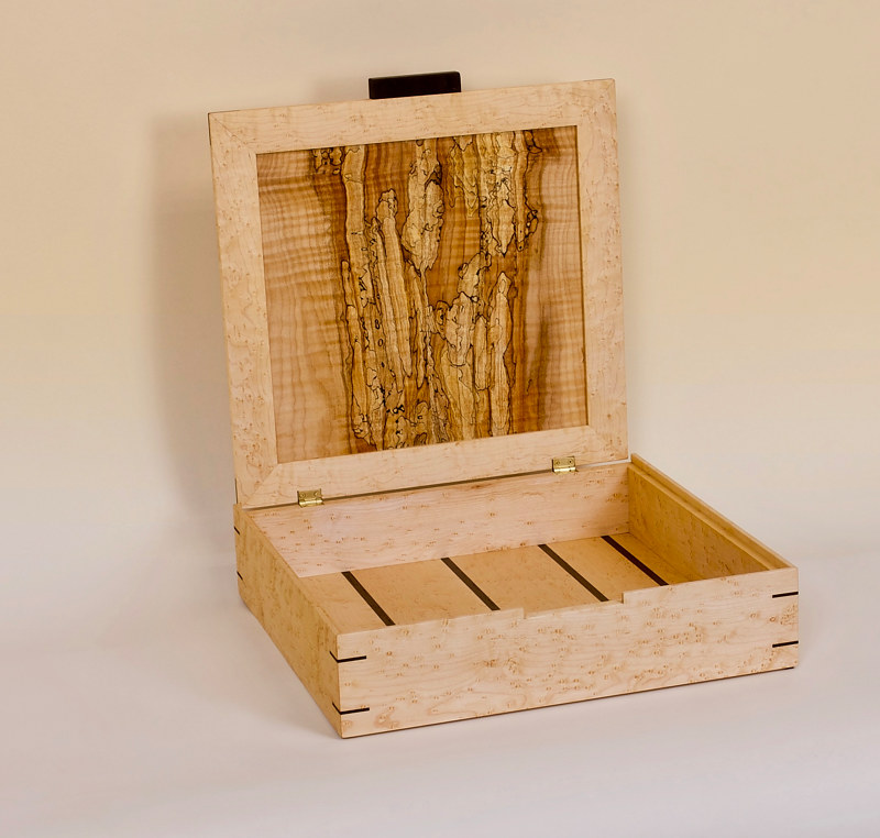 Maple Keepsake Box by Enrique Morales