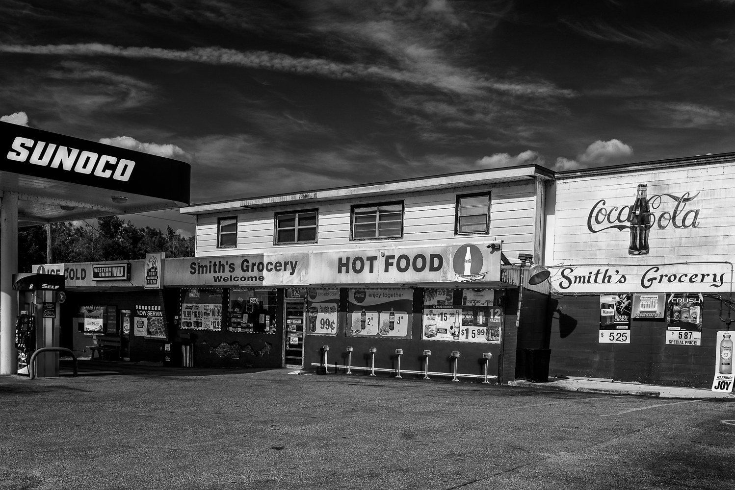 Smith's Grocery - Lake Wales  (PL54_7365BW) by Gary Jones
