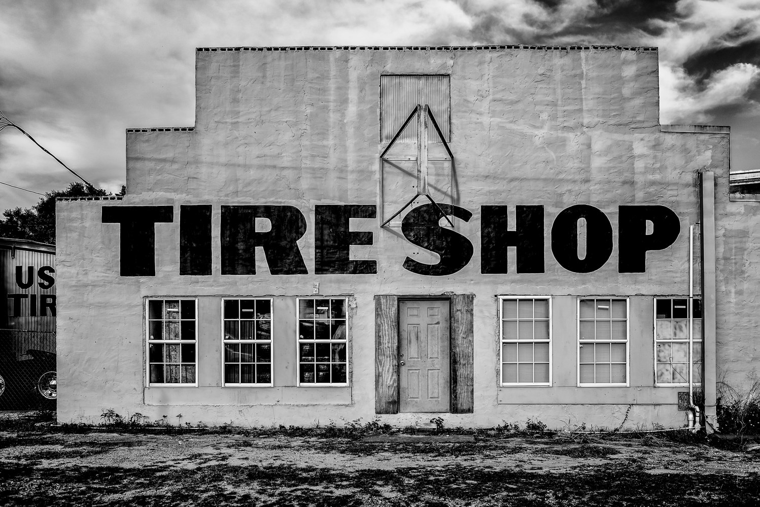 Tire Shop - Davenport FL  (PL54_7393BW) by Gary Jones
