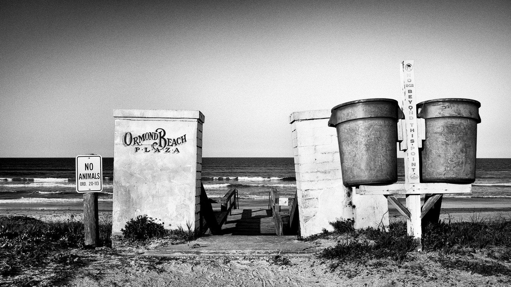 Ormond Beach Plaza (PL41_1200BW) by Gary Jones