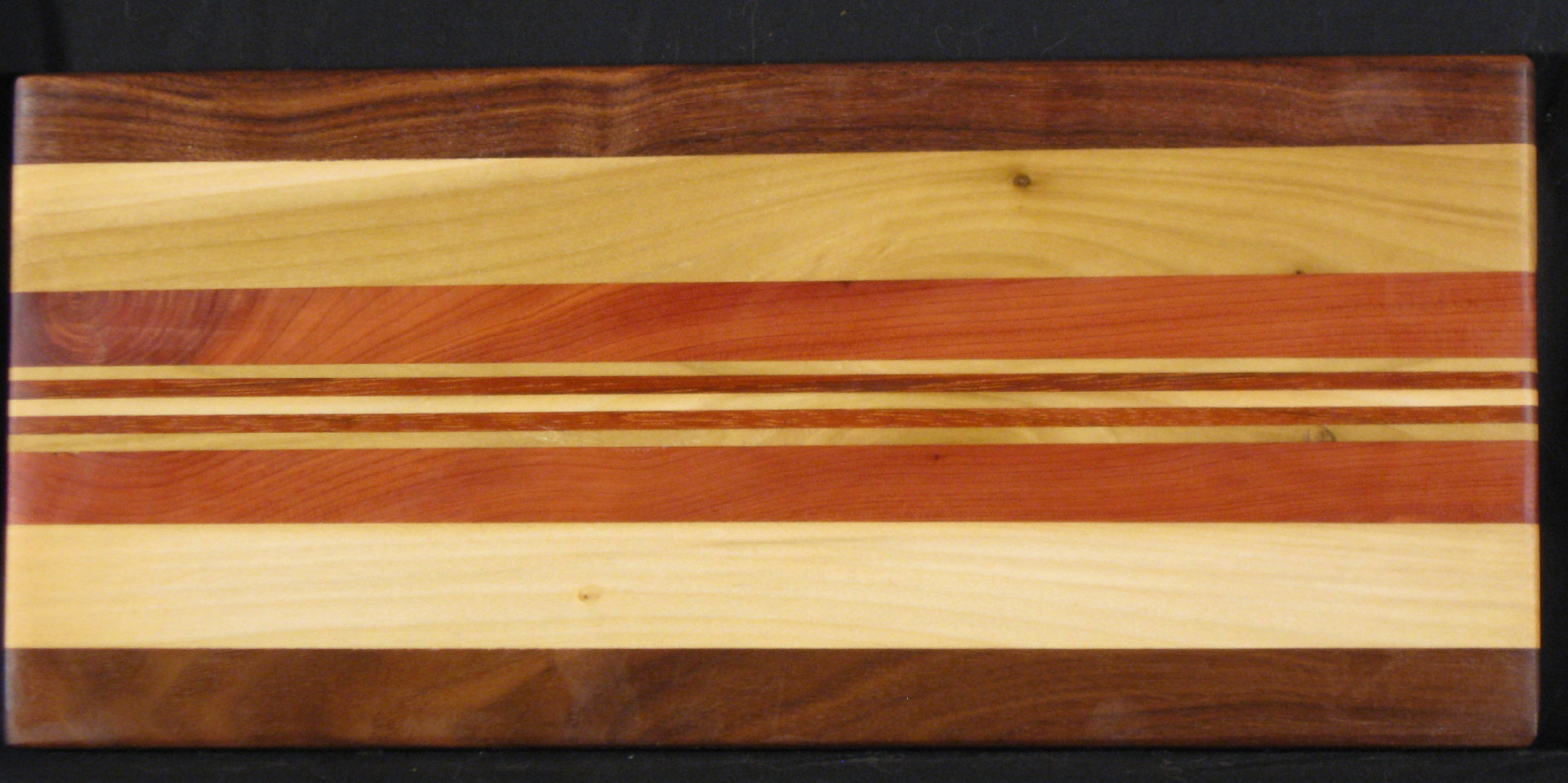 Serving board by Steve Sziklai