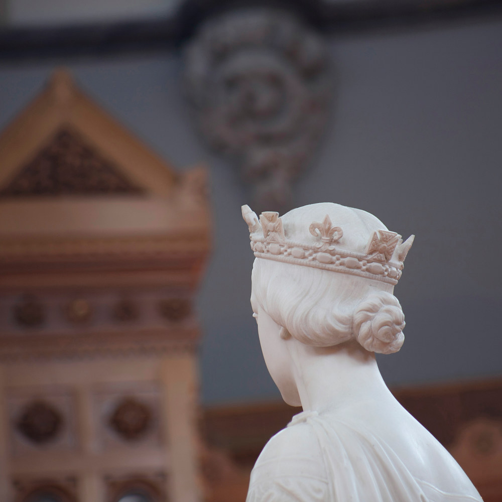Statue of Queen Victoria by Marshall Wood; Library of Parliament by Mike Steinhauer
