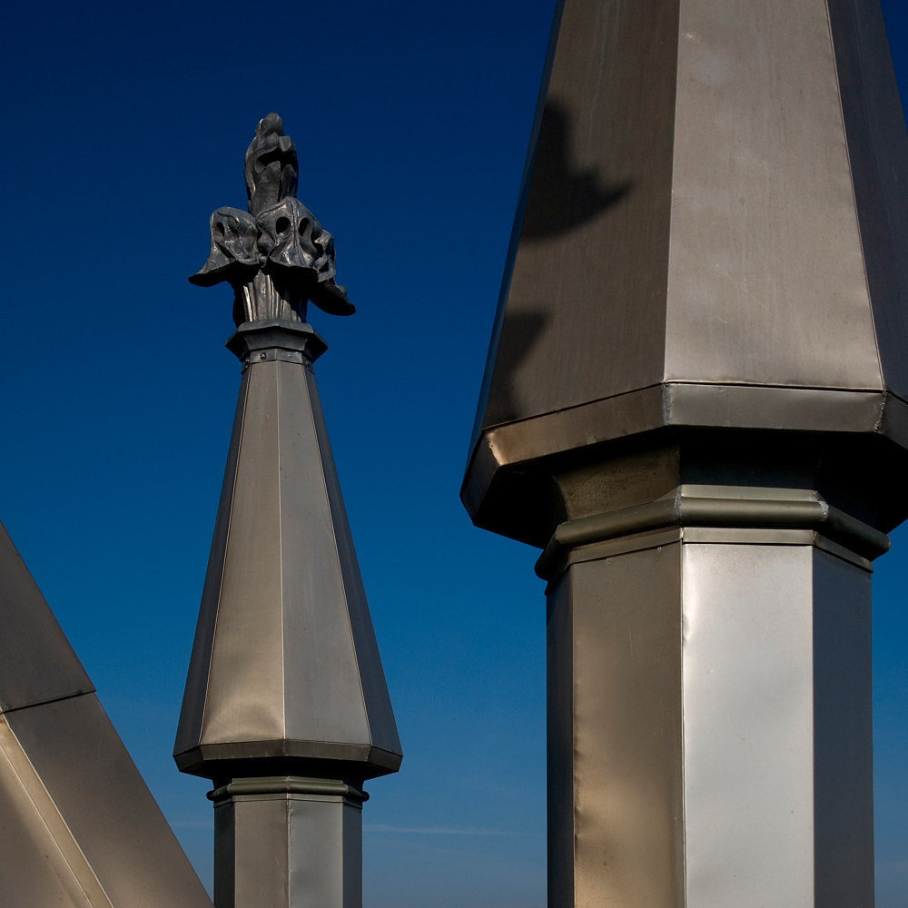 Decorative towers and finial (surrounding the lantern) by Mike Steinhauer