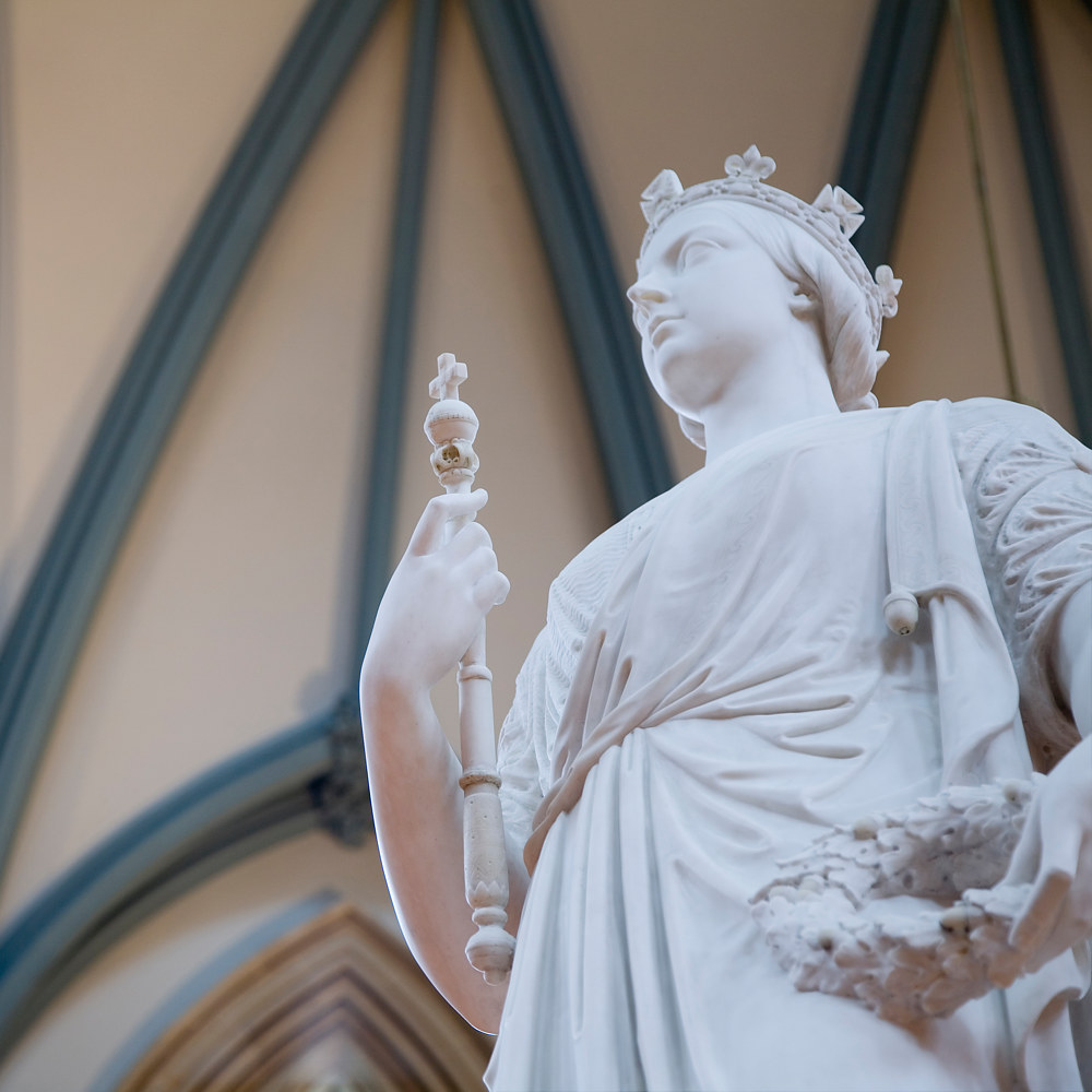 The marble sculpture of a young Queen Victoria by Mike Steinhauer