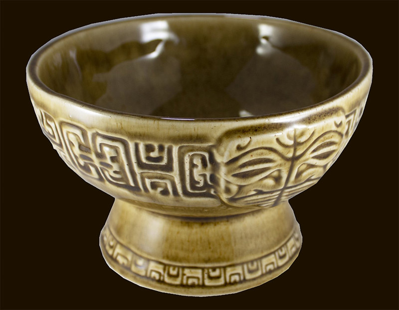 'Eka 'eka Bowl with Rustic Brown Glaze by Kenneth M Ruzic