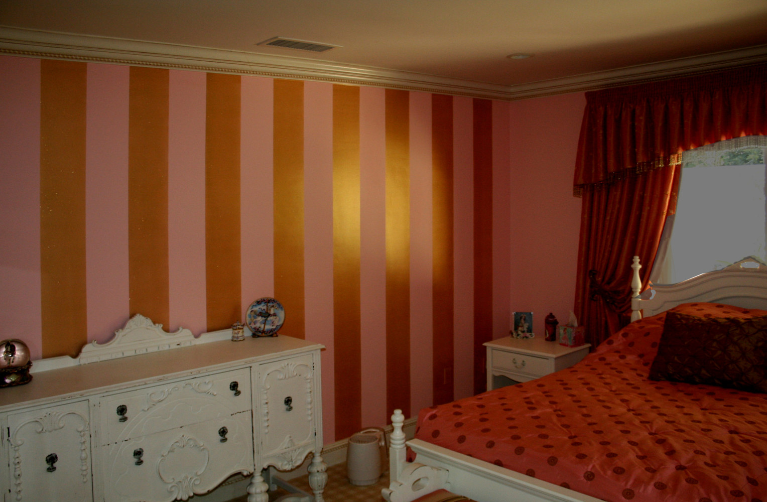 Pink and Metallic gold stripes on Girls room walls by Robert Milling