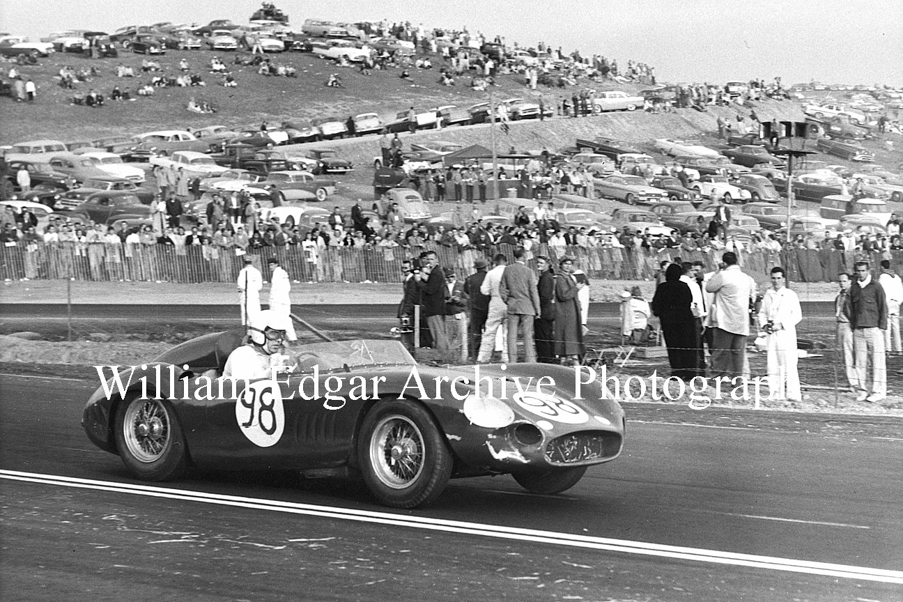 Photography [RV-SMLS7] Laguna Seca's opener: Carroll Shelby in the John Edgar-entered 300S Maserati about to finish 4th in the Main - November 10, 1957 by William Edgar