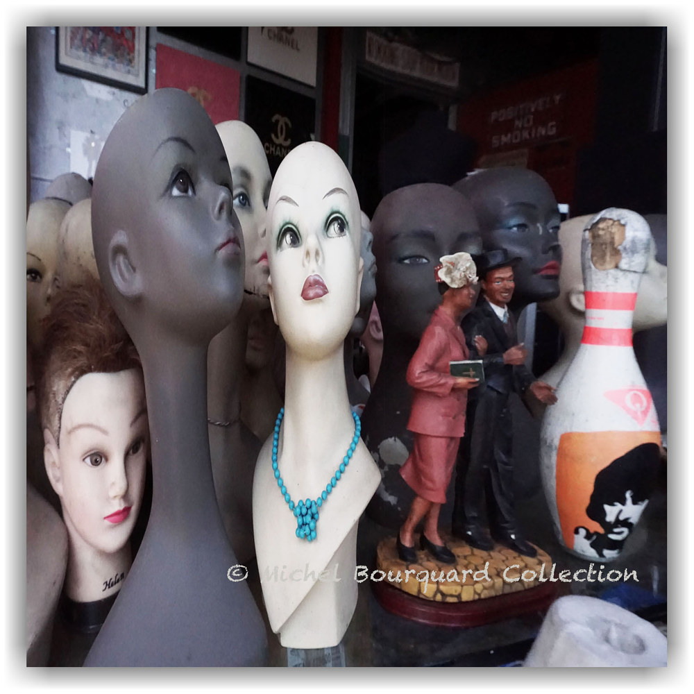 046-heads and wedding 21x21x200 - print  by Michel Bourquard