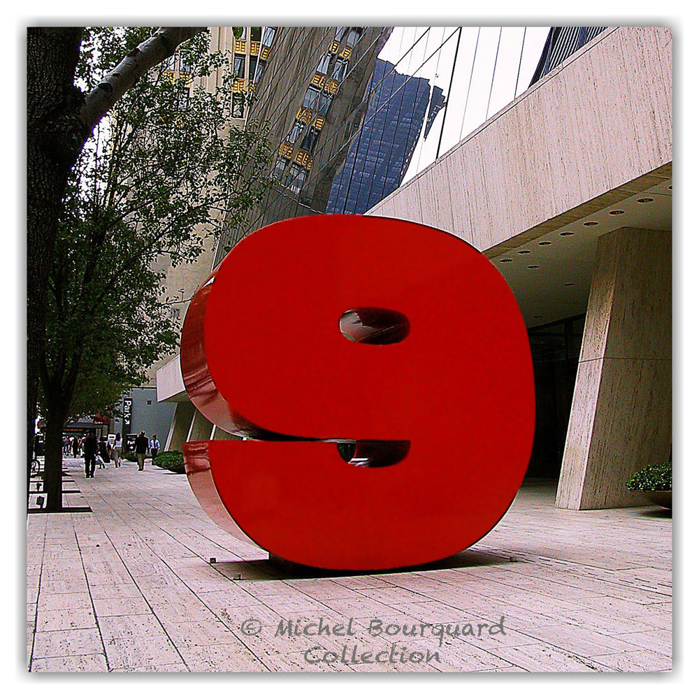 082-The 9 Store in Manhattan  12x12x200 by Michel Bourquard