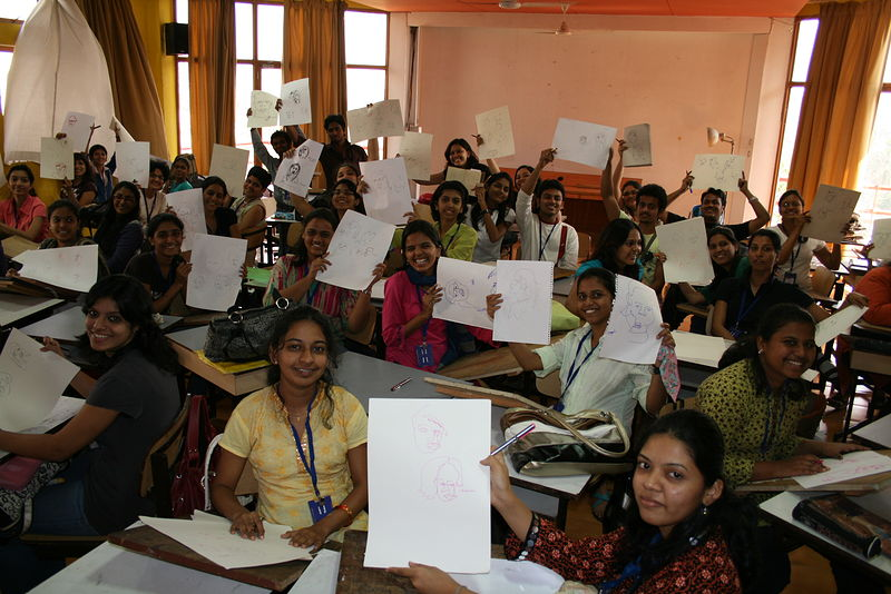 Drawing class in Mumbai by Belinda Harrow