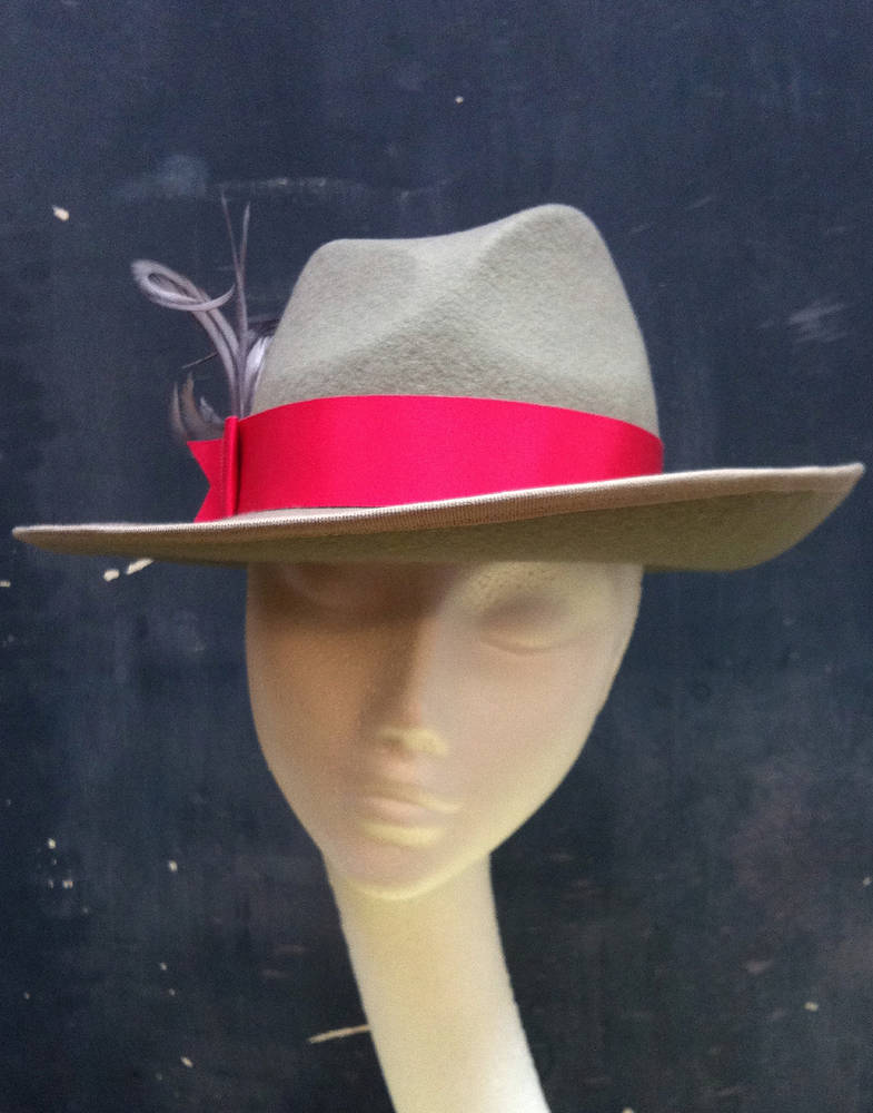 Taupe fedora with hot pink trim by Fiona Menzies