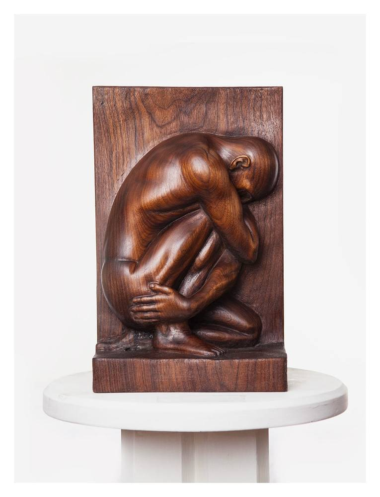 Crouching Man, Walnut - 16 x 8 x 3 inches by Larry Scaturro